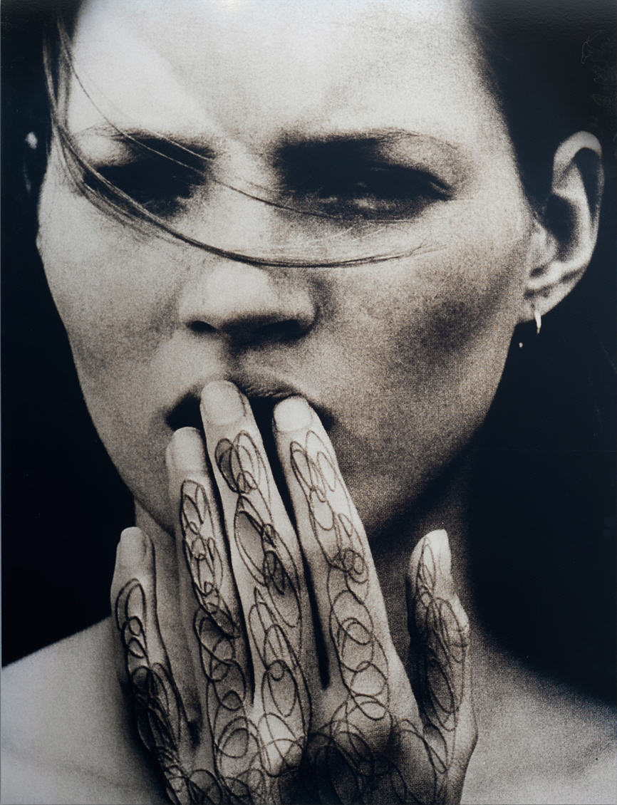 """Foto alterada pelo fotógrafo Daniele Buetti a partir da campanha """"Obsession"""" da Calvin Klein"""