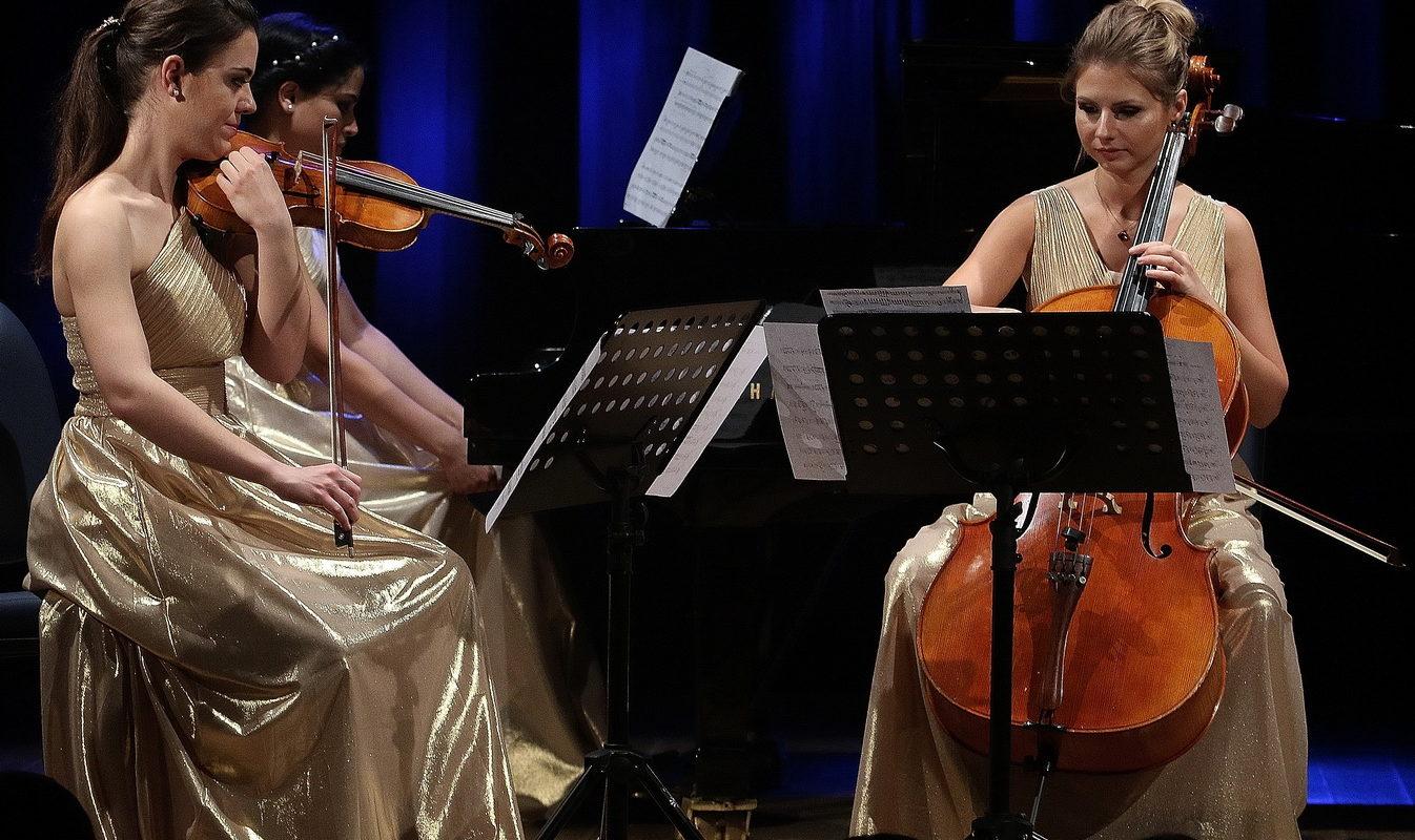 Permalink to: Do corpo de Carrapatoso à alma de Chopin, uma viagem com o Vena Piano Trio   Terras Sem Sembra