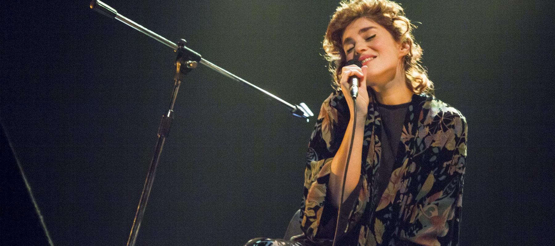 Permalink to: Rita Redshoes no festival Soam As Guitarras | Reportagem Fotográfica